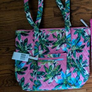 Vera Bradley Tropical print Villager Bag - New!